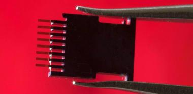 Un biosensor detecta el VIH solo una semana después de la infecció