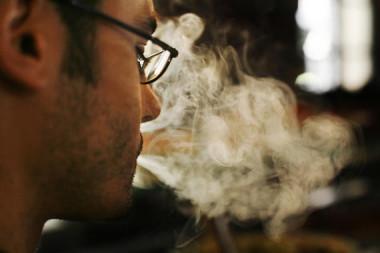 """<p/>El consumo de alcohol y tabaco multiplica las probabilidades de desarrollar cáncer de esófago. / SINC"""" /><span style="""