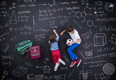 <p>En enseñanza, no todas las metodologías son aplicables a todos los alumnos y centros. / AdobeStock</p>