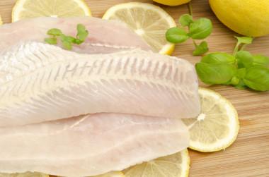 """<p/>La panga es uno de los pescados más consumidos en los comedores escolares. / © Fotolia"""" /><span style="""
