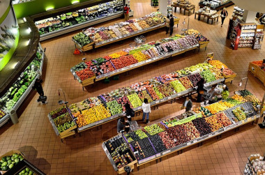"""<p/>Parecen productos iguales, pero según cómo se hayan producido los alimentos tienen consecuencias muy distintas para el planeta. /ElasticComputeFarm"""" /><span style="""