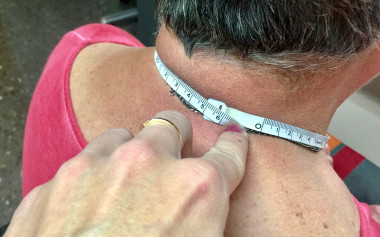 Los investigadores han descubierto que la circunferencia del cuello sirve de referencia para detectar posibles casos de malnutrición. / Beatriz Lardiés