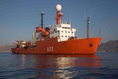 """<p/>Buque oceanográfico Hespérides. / Joan Costa-CSIC"""" /><span style="""
