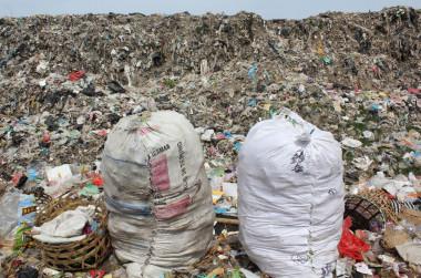 "<p/>Bolsas de plásticas recogidas para reciclar. /Jenna Jambeck/University of Georgia"" /><span style="