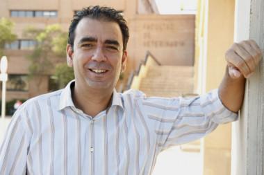 """<p/>José Manuel López Nicolás es profesor de Bioquímica y Biología Molecular en la Universidad de Murcia. / Foto del autor"""" /><span style="""