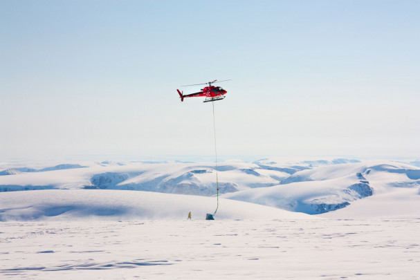 Equipo de perforación del hielo en Groenlandia