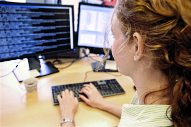 Cómo atraer el talento femenino hacia el negocio tecnológico