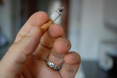 <p/>Un estudio revelael vínculo existente entre un receptor neuronal concreto, CB1R, y los déficits cognitivos asociados al hecho de dejar de fumar./ <a href=