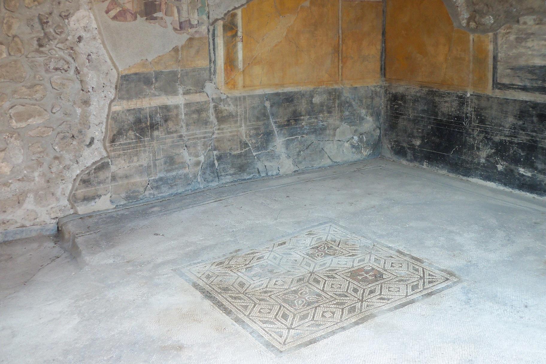 Desvelan la composición de los mosaicos de una casa de Pompeya