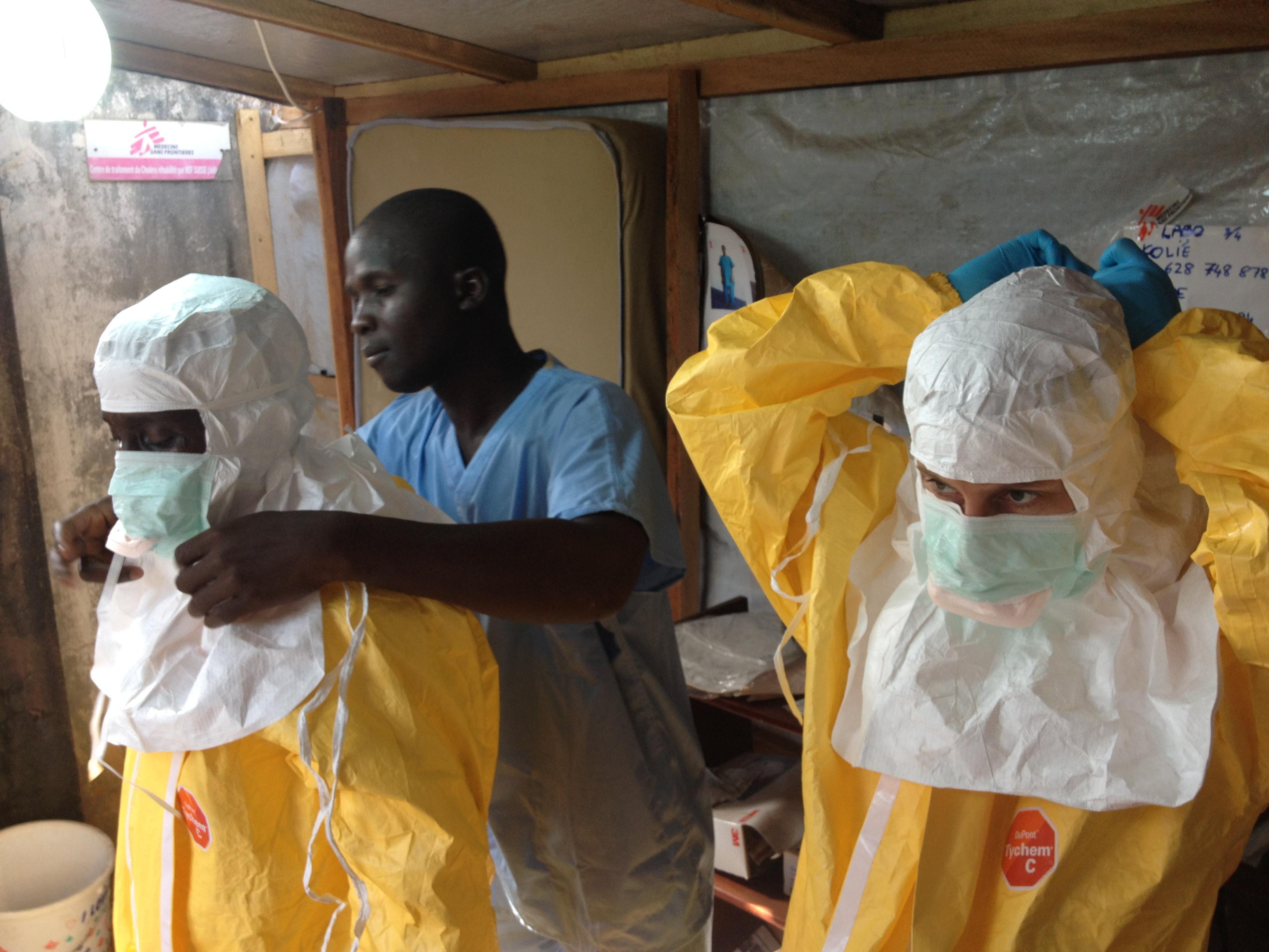 La epidemia de Ébola continúa propagándose por África Occidental
