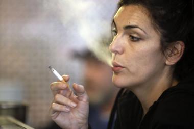 <p/>La nueva diana neurobiológica que ha descubierto este trabajo servirá para aclarar la base de la adicción a la nicotina./ <a href=