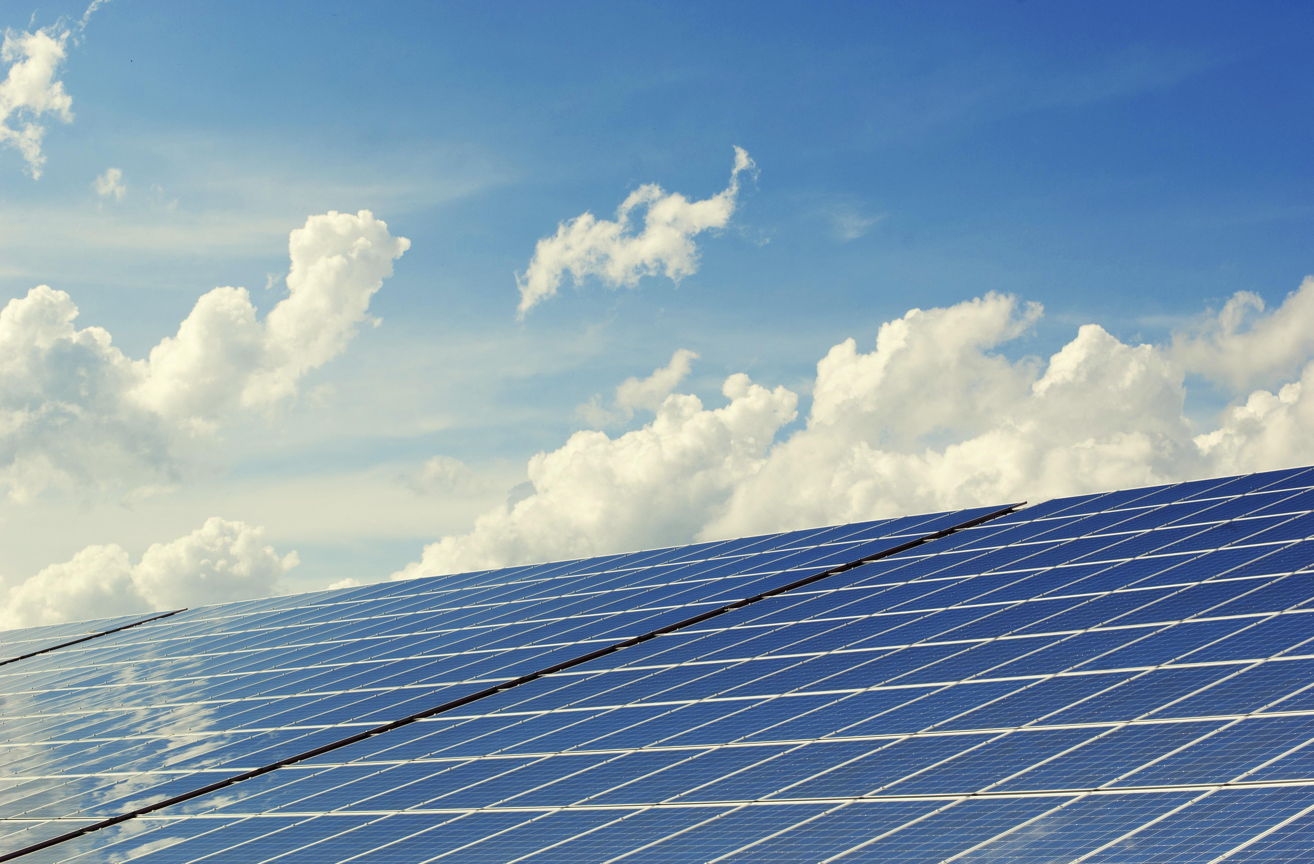 Una aplicación predice con precisión los cambios meteorológicos en las plantas solares