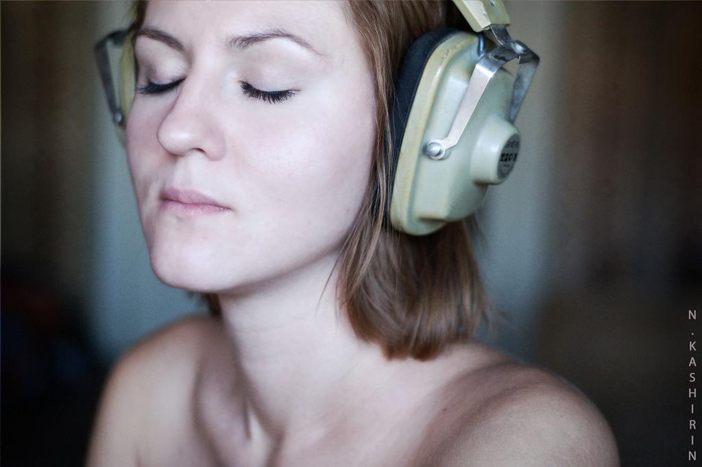 Sube la música, dame dopamina